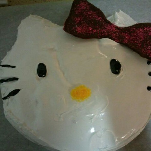 Hello Kitty Cake @ Jovia's House