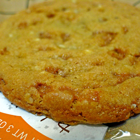 English Toffee Nut Cookie