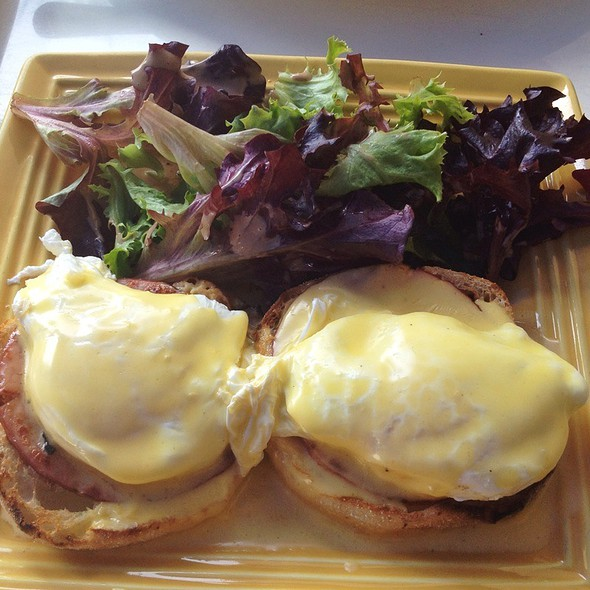 Eggs Benedict - Front Porch Cafe, Miami Beach, FL
