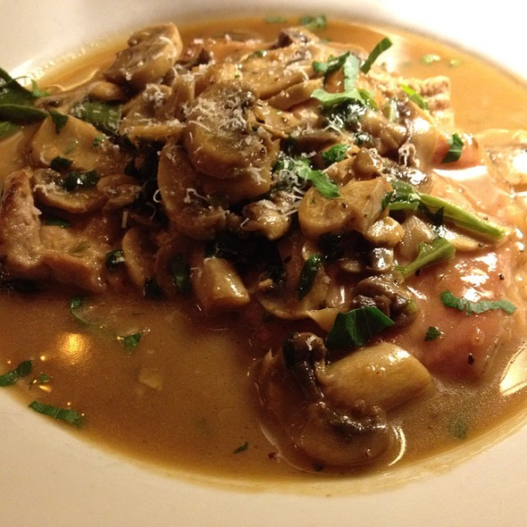 veal medallions @ the victor cafe
