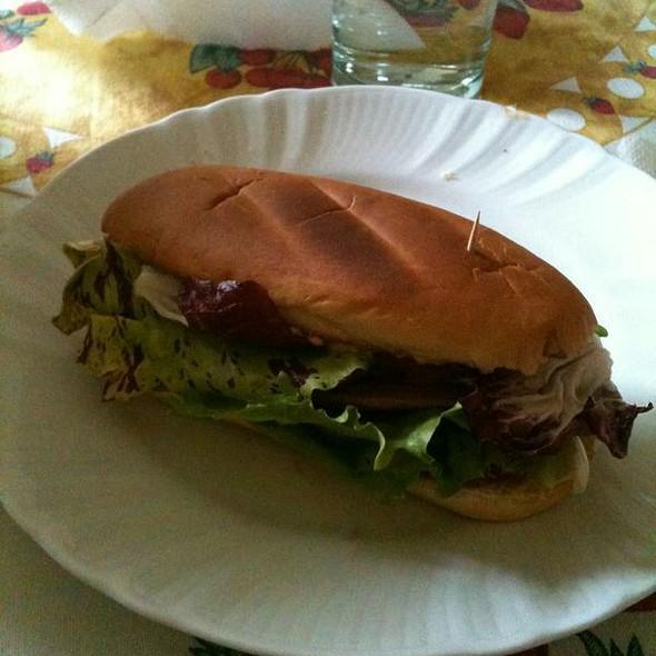 Crispy Salad and Veggie Sandwich @ ./lsd Cooking Pot
