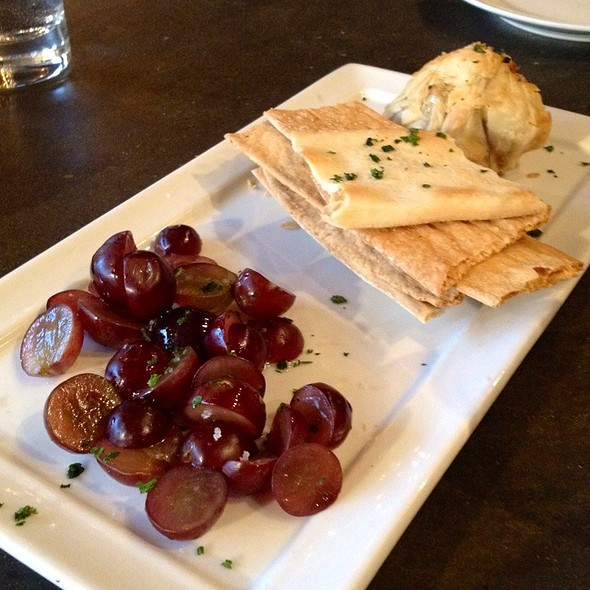 Mini Baked Brie - Purple Cafe and Wine Bar - Woodinville, Woodinville, WA
