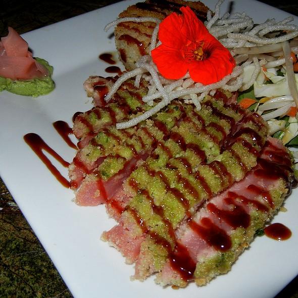 Wahabi Crusted Seared Ahi Tuna @ River City Grill