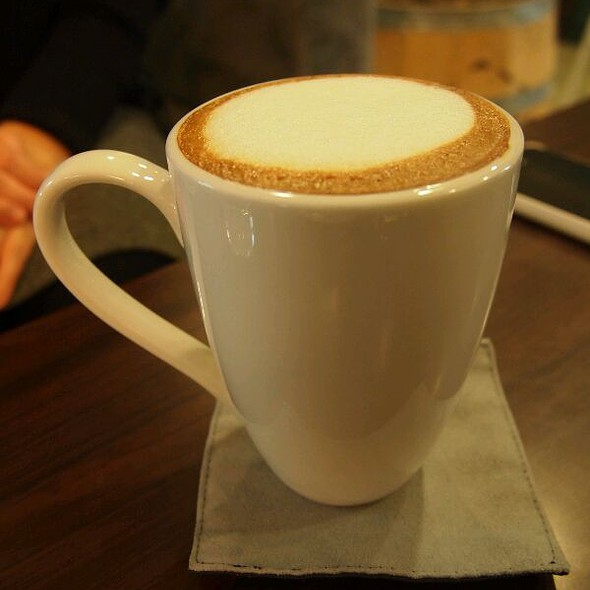 Cafe Latte @ George House