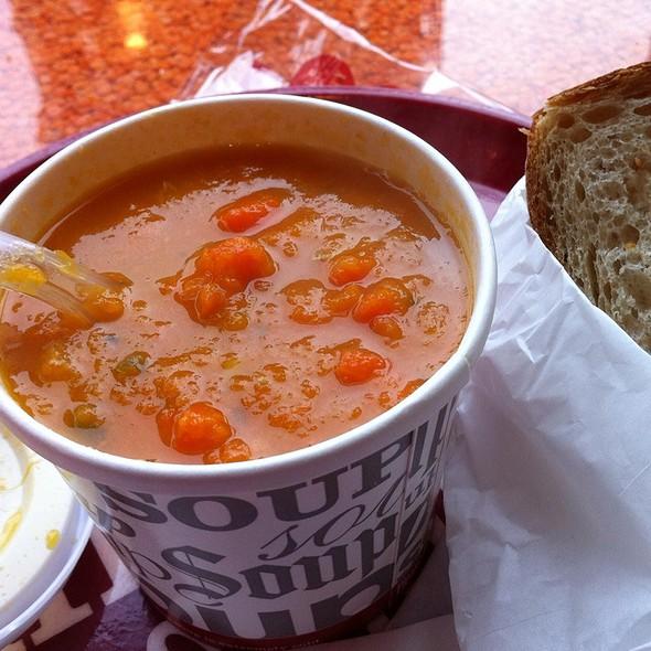 Carrot Ginger Artichoke Soup @ Hale & Hearty Soups