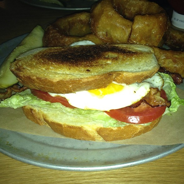 Uncle Fred's Ultimate Blt