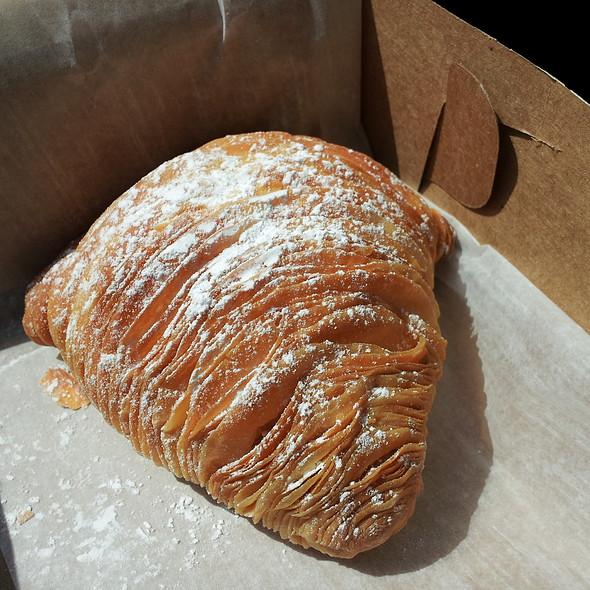 Sfogliatelle @ Doris Italian Market & Bakery