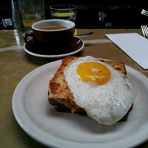 Croque Madame @ Cafe Presse