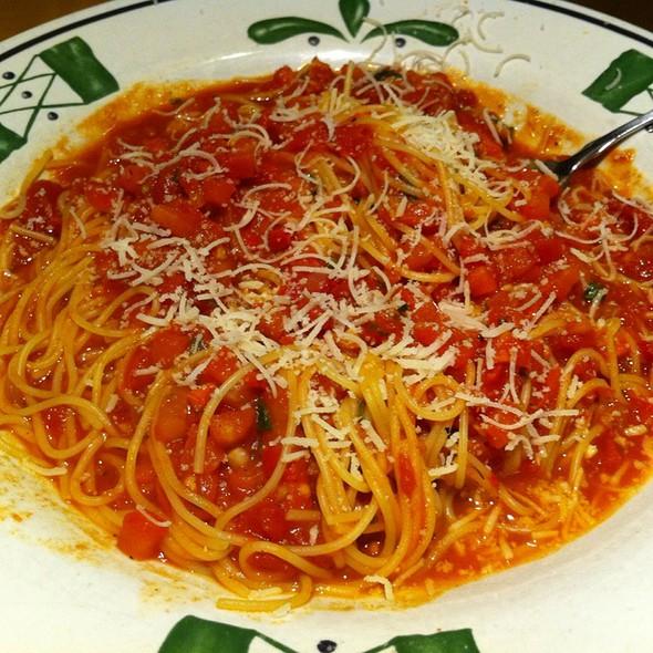 Capellini Pomodoro Olive Garden Olive Garden - ...