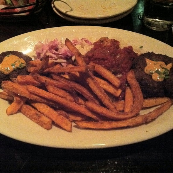 Crab Cake Platter @ Maxie's Southern Comfort