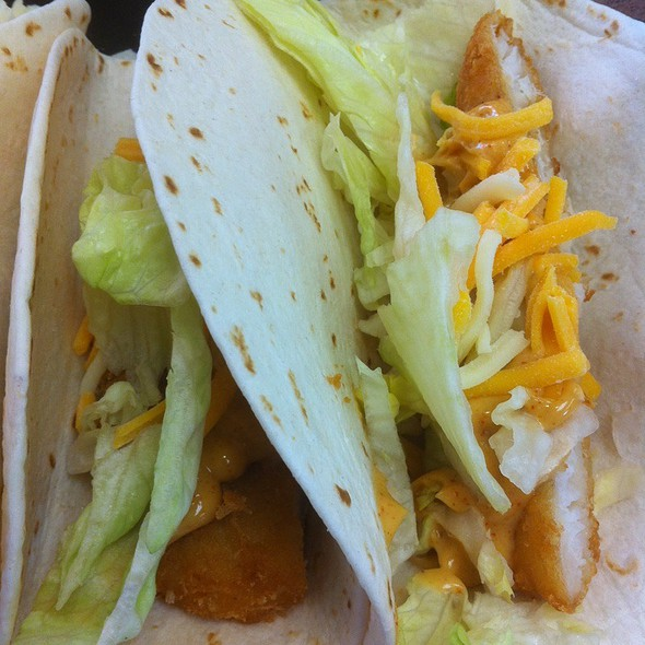 fish tacos @ Hardee's