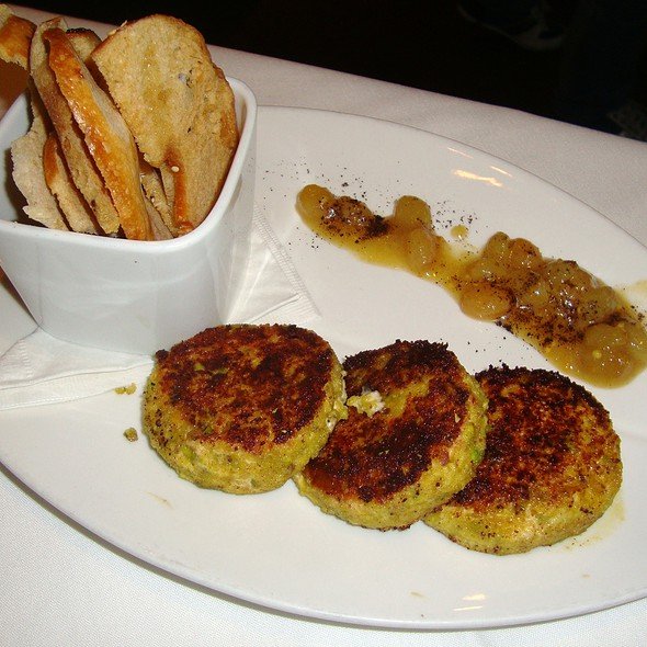 Pistachio Crusted Goat Cheese Cakes - benjy's upper washington, Houston, TX