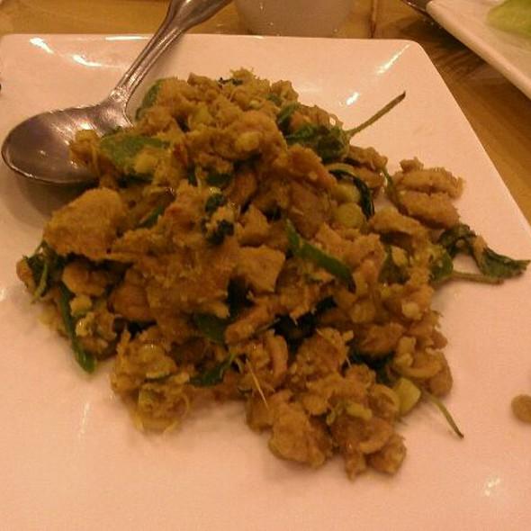 Volcanic Flaming Spicy Lemongrass Chicken  @ Siem Reap Restaurant