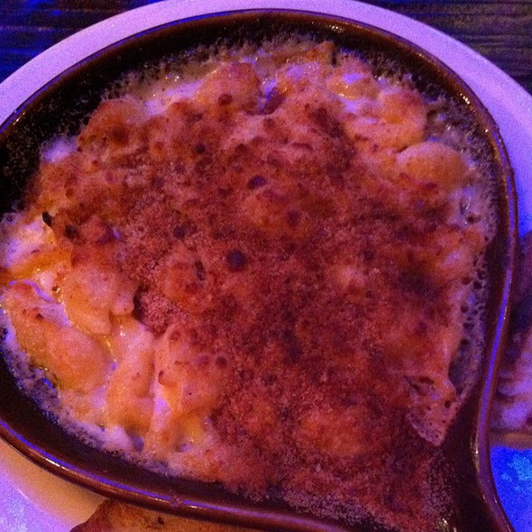 Mac and Cheese @ The  Grove - Yerba Buena