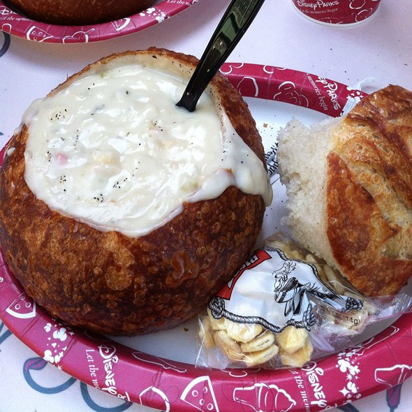 Clam Chowder Bread Bowl @ Disneyland