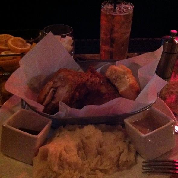 fried chicken @ Hudson Restaurant & Lounge