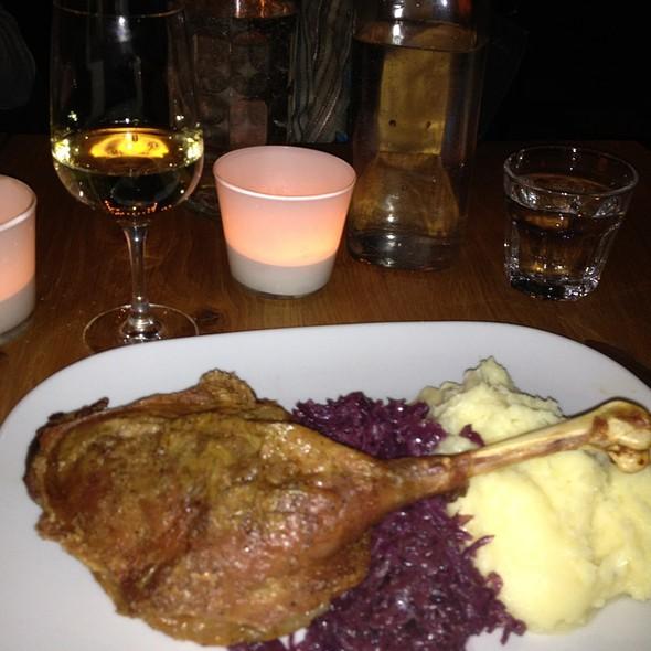 Goose Leg @ Berlyn