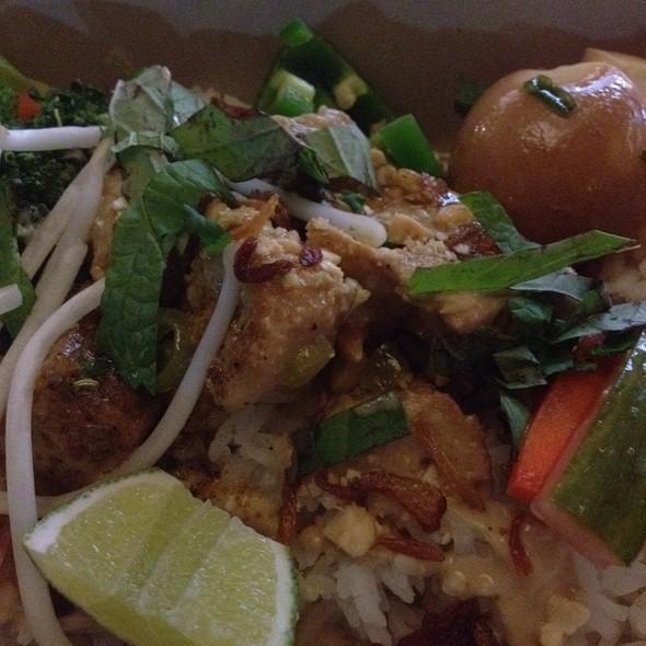 Coconut Curry Tofu @ Asian Box