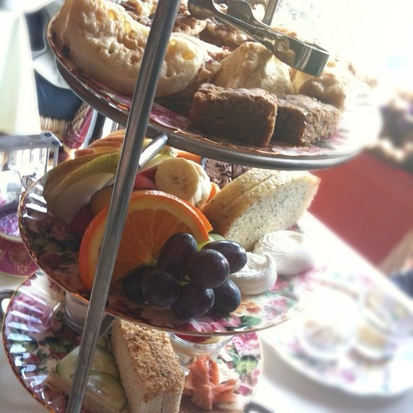 High Tea @ Queen Mary Tea