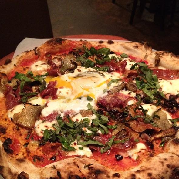 Uovo Pizza @ Rosso Pizzeria and Wine Bar