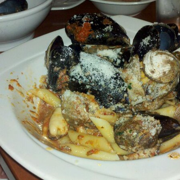 Clam &Mussels Pasta @ Cafe Maria