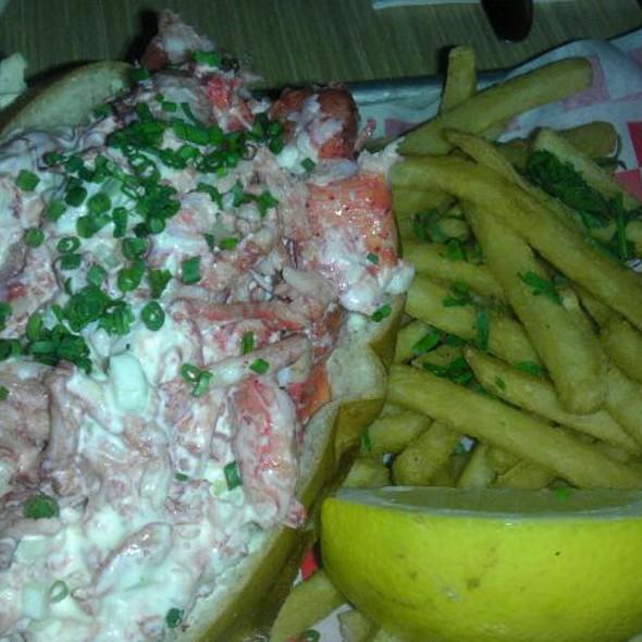 Lobster Roll (Sandwich) @ Woodhouse Fish Company