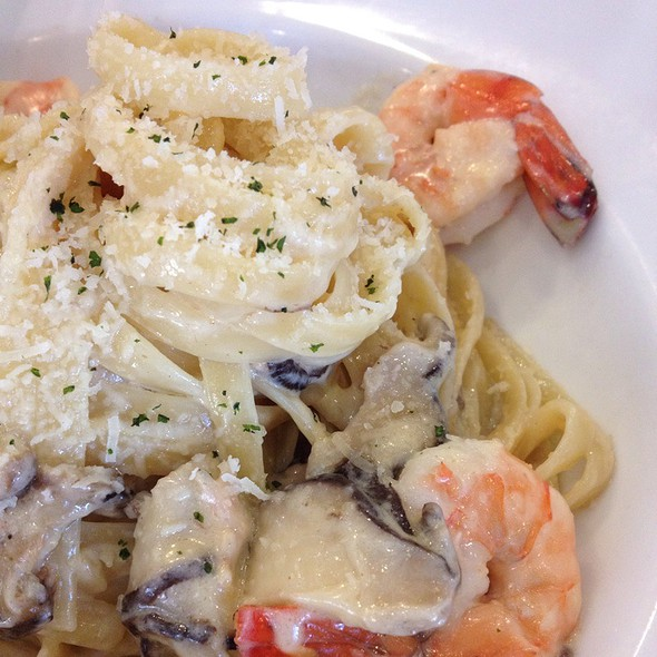 Prawns Fettuccini @ Fish & Co.