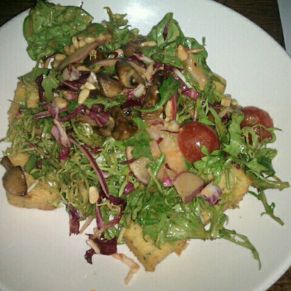 Polenta, Mushroom, And Haloumi Salad @ Terminus Hotel