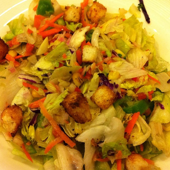 Garden Fresh Salad @ Pizza Hut