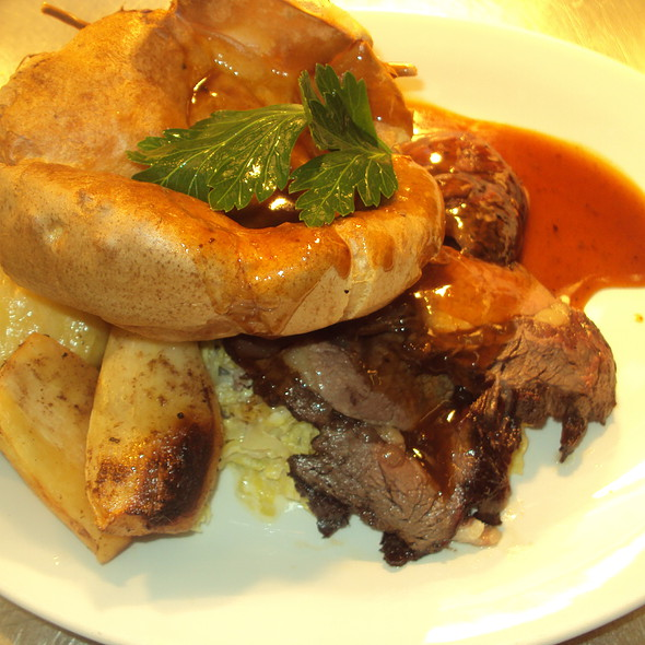 Roast Beef and Yorkshire Pudding @ St. Mary's Country Inn,