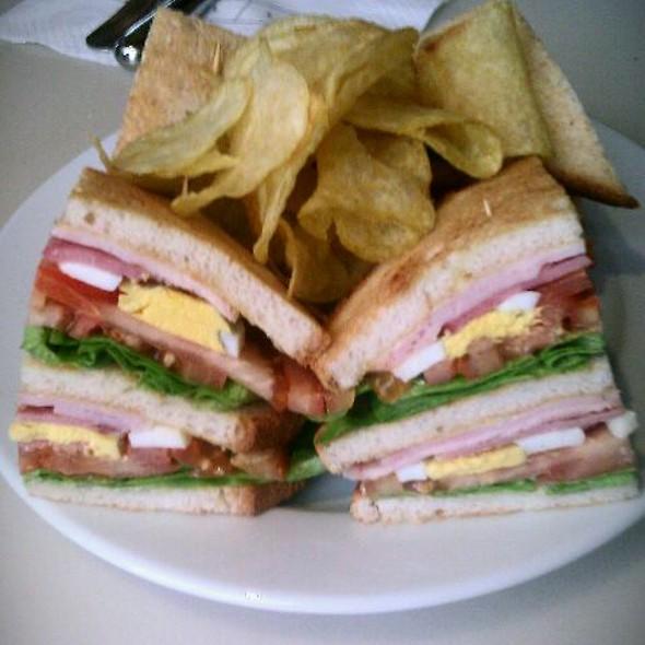 Club Sandwich @ Le Café Beaubourg