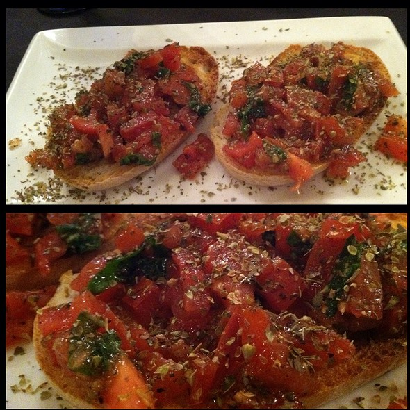 Bruschetta @ Antica Pizzeria Fellini