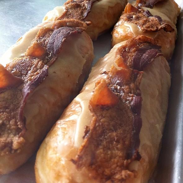 The Maple Bacon Bar @ Mojo Monkey Donuts