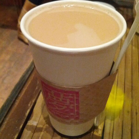 Hot Milk Tea With Pearls @ Fantasia Coffee & Tea