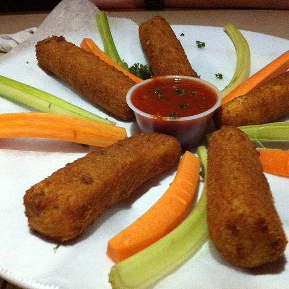 Fried Mozarella @ Chichi's