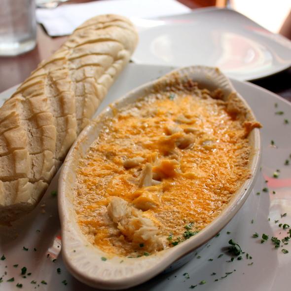 hot crab and artichoke dip