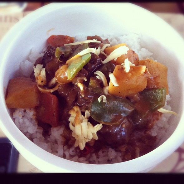 Beef Kaldereta  @ Bag Of Beans - Tagaytay