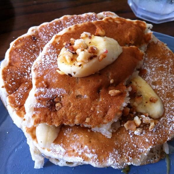 Macademia nut pancakes @ Poipu Tropical Burgers
