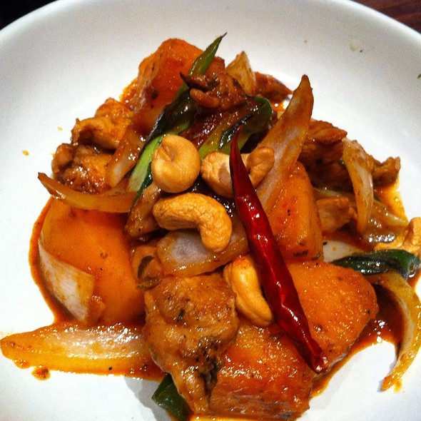 Chicken Butternut Squash With Cashew Nut @ Busaba Eathai