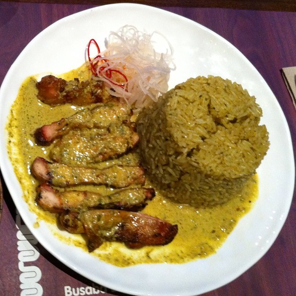Green Curry Fried Rice With Char-Grilled Chicken @ Busaba Eathai