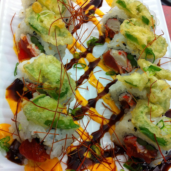 Panther Roll @ Roll On Sushi Diner