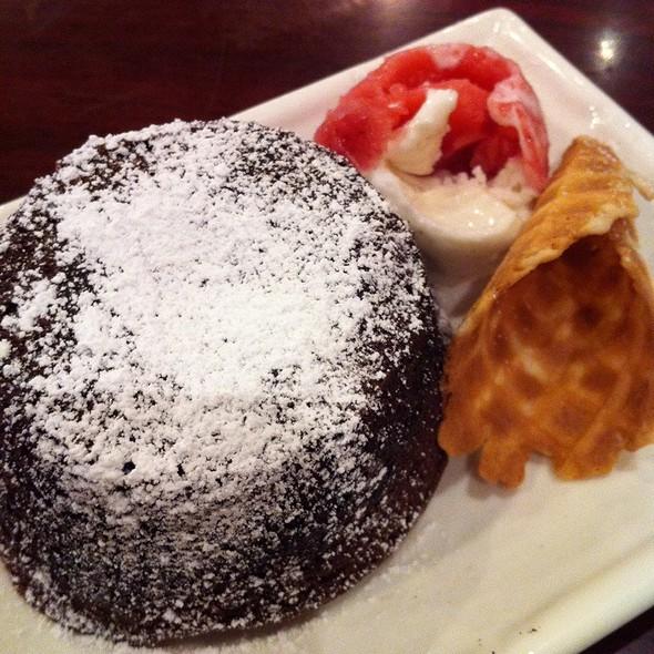 Chocolate Lava Cake @ Hello Desserts