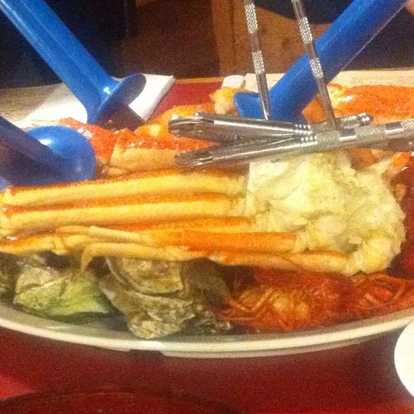 Steamed Shellfish Platter  @ Shell Shack