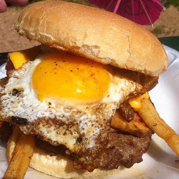 Hangover Burger @ Hubcap Grill