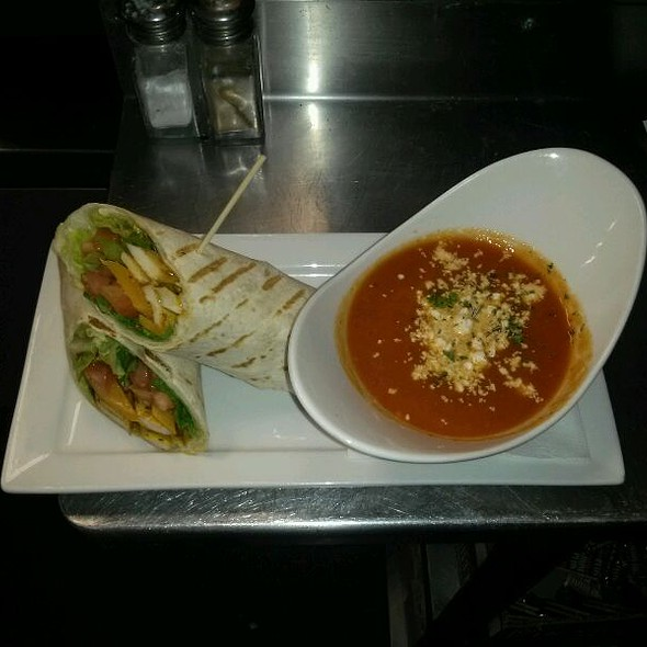 Club Wrap And Soup Of The Day @ Gahan House Pub Brewery & Mercantile
