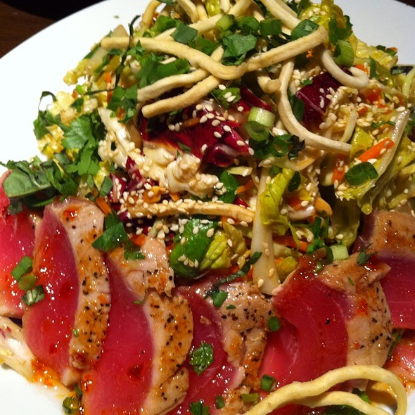 Asian Tuna Salad @ Zea Rotisserie and Grill