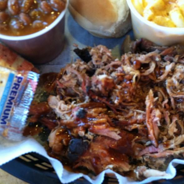 Pulled Pork @ Central B B Q