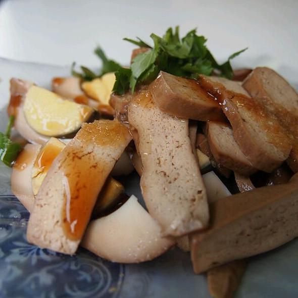 Braised Hard Tofu AMD Egg @ 路邊攤