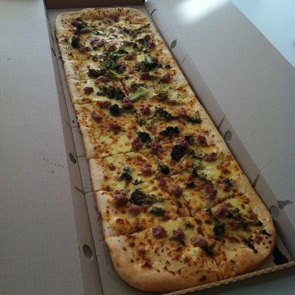 1M Pizza @ Toto's Italian Restaurant