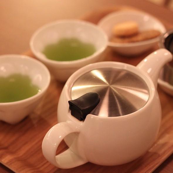 Brown Rice Tea And Cookies @ 和茗甘味處